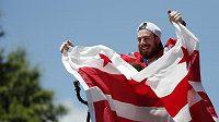 Německý brankář Philipp Grubauer slaví vítězství Stanley Cupu s Washingtonem.