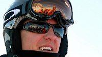 Michael Schumacher se v neděli vážně zranil při lyžování ve francouzských Alpách.