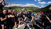 Španělský cyklista Alejandro Valverde na trati Giro d'Italia.