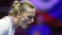 Petra Kvitová se povzbuzuje ve čtvrtfinálovém utkání turnaje v Petrohradu.