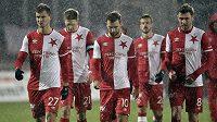 Zklamaní hráči Slavie po utkání v Jablonci (zleva) Tomáš Necid, Milan Škoda, Josef Hušbauer, Jakub Hromada a Jaromír Zmrhal.