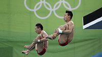 Čínští skokani do vody Čchen Aj-sen a Lin Jüe