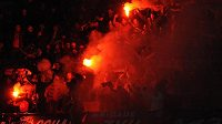 Plzeňští fandové byli na stadiónu v Neapoli vidět.