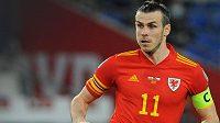 Gareth Bale při utkání Wales - Česko.