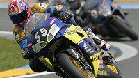 V Le Mans v neděli zahynul sedmadvacetiletý Adrien Protat po těžké havárii během závodu domácího šampionátu v kategorii supersportů. Syn vítěze slavného závodu 24 hodin Le Mans z roku 2006 Frédérica Protata (na snímku) utrpěl vážná zranění hlavy a zemřel krátce po převozu do lékařského centra.