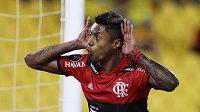 Fotbalista Flamenga Bruno Henrique slaví gól v semifinále Poháru osvoboditelů