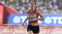 Zuzana Hejnová dobíhá do cíle finále čtvrtky překážek na MS v Dauhá.
