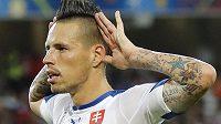Slovenský záložník Marek Hamšík slaví gól proti Rusku na mistrovství Evropy ve Francii.