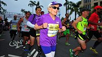 Američanka Harriette Thompsonová, ve 92 letech se stala nejstarší ženou, která kdy dokončila maraton.