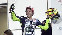 Rozjásaný Valentino Rossi po závodu v Duahá.