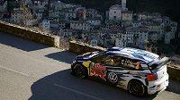 Jari Matti Latvala s Volkswagenem Polo WRC během Rallye Monte Carlo.
