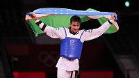 Ulugbek Rašitov získal na olympijských hrách v Tokiu první zlatou medaili pro Uzbekistán v taekwondu