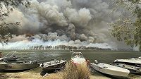 Austrálii už několik měsíců ničí obrovské požáry. Pomoct se rozhodli i sportovci.