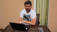 Sportovní ředitel fotbalové Plzně Zdeněk Psotka na hotelu ve španělské Esteponě.