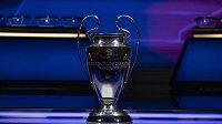 Boje o cennou trofej začínají 14. září.