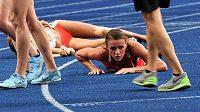 Vyčerpaná Simona Vrzalová se po povedeném finále mistrovství Evropy ocitla na zemi.