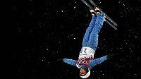 Běloruská akrobatická skokanka Alla Cuperová vybojovala v Soči zlato.