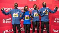 Část sestavy elitních běžců pro sobotní půlmaraton: Abel Chipchumba, Peres Jepchirchirová, Edith Chelimová a Benard Kimeli