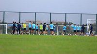 Fotbalisté čínského klubu Ťiang-su Su-ning během tréninku na Chaj-nanu.
