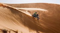 Motocyklista Martin Michek v 5. etapě Rallye Dakar