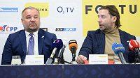 Tomáš Bárta a šéf LFA Dušan Svoboda během tiskové konference.