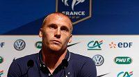 Jérémy Mathieu přijde kvůli zranění o start na ME ve fotbale. Na snímku při tiskové konferenci v tréninkovém centru Clairefontaine.