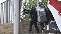 Při fotbalovém utkání Zbrojovky Brno s Baníkem Ostrava musela zasahovat policie