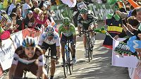 Čtrnáctou etapu Vuelty mají cyklisté za sebou. Cíl v Oviedu viděl jako první irský cyklista Sam Bennett.