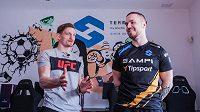 David Undertaker Dvořák, český bojovník smíšených bojových umění MMA, navštívil Gaming House týmu Sampi.Tipsport v Tuchoměřicích nedaleko Prahy.