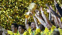 Fotbalisté Dortmundu slavili zisk poháru. Teď vítají novou posilu.