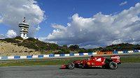 Fin Kimi Räikkönen uzavřel na okruhu v Jerezu úvodní testování formule 1 na novou sezónu nejrychlejším časem pro Ferrari.