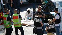 Policisté v Marseille vyšetřují vraždu Adriena Aniga.