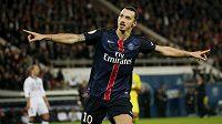 Zlatan Ibrahimovic se dvěma góly podílel na drtivém vítězstí PSG 5:0 nad Toulouse.