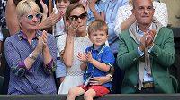 Triumfu Novaka Djokovič tleska i jeho tříletý syn Stefan