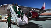 Fotbalisté Saúdské Arábie zažili při přeletu do Rostova na Donu nepříjemné chvilky.