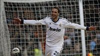 Útočník Realu Madrid Gonzalo Higuaín.