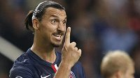Útočník Paris Saint-Germain Zlatan Ibrahimovic v utkání Ligy mistrů proti Ajaxu.