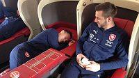 Jan Bořil si v letadle hned ustlal...