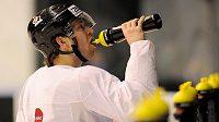 Claude Giroux z Philadelphie na tréninku kanadského týmu v dějišti světového šampionátu.