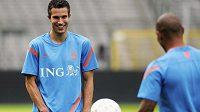 Robin van Persie (vlevo) na tréninku nizozemské reprezentace před přípravným duelem s Belgií.