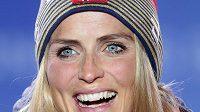 Norská běžkyně na lyžích Therese Johaugová deklasovala na mistrovství světa v Seefeldu soupeřky ve skiatlonu na patnáct kilometrů.