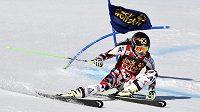 Rakouská lyžařka Anna Fenningerová během obřího slalomu v Aare.