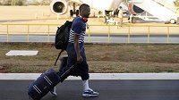 Francouzský obránce Patrice Evra míří do Juventusu.