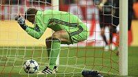 Brankář Bayernu Mnichov Manuel Neuer je zraněný, stejně jako jeho náhradník