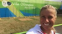 Tady se ještě tenistka Andrea Hlaváčková smála.