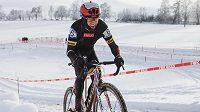 Emil Hekele na trati mistrovství republiky v Hlinsku.