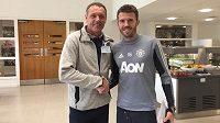 Luděk Mikloško a Michael Carrick, nyní asistent trenéra v Manchesteru United, s nímž se ještě během hráčské kariéry potkal ve West Hamu.