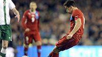 Milan Baroš střílí v Dublinu gól domácímu Irsku