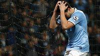 Zklamaný záložník Manchesteru City Samir Nasri po středeční remíze 2:2 proti poslednímu Sunderlandu.