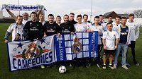 Fanoušci fotbalového Realu Madrid si zahráli v Praze přátelský zápas.